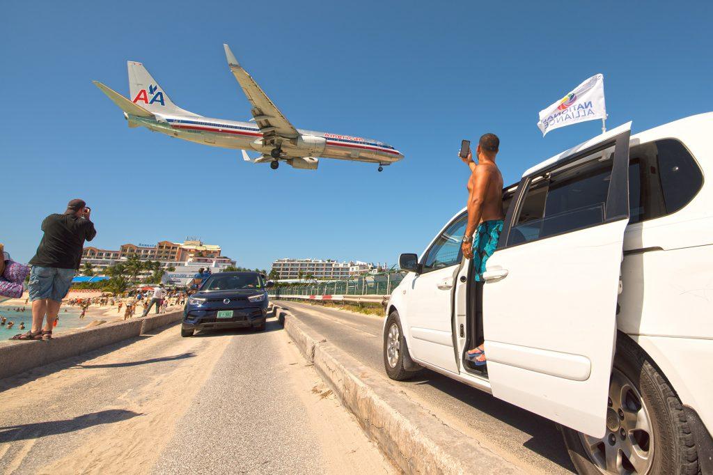Lądowanie nad plażą Maho